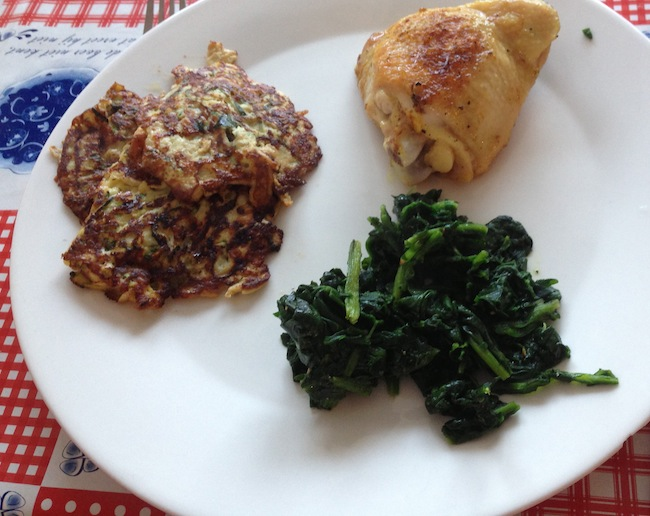 Courgettekoekjes-met-spinazie-en-kip