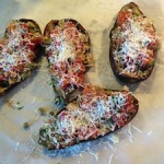 Gevulde aubergines met olijven en kappertjes