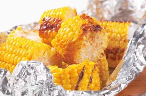 Eten in aluminiumfolie gevaarlijk?