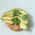 Zelf gezonde cracker maken van quinoa