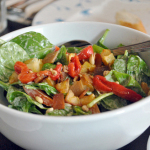 spinaziesalade met paprika