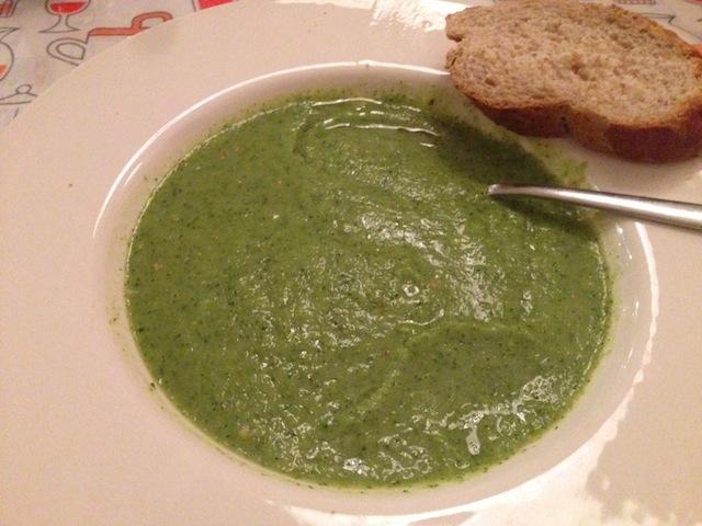 gezonde-broccoli-soep-knoflook