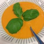 Oranje paprika-tomaten soep