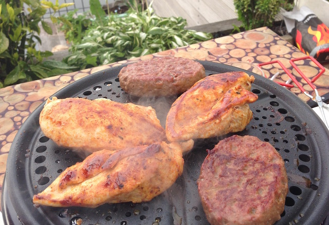 barbecue-op-tafel