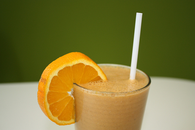zoete-smoothie-sinaasappel-wortel