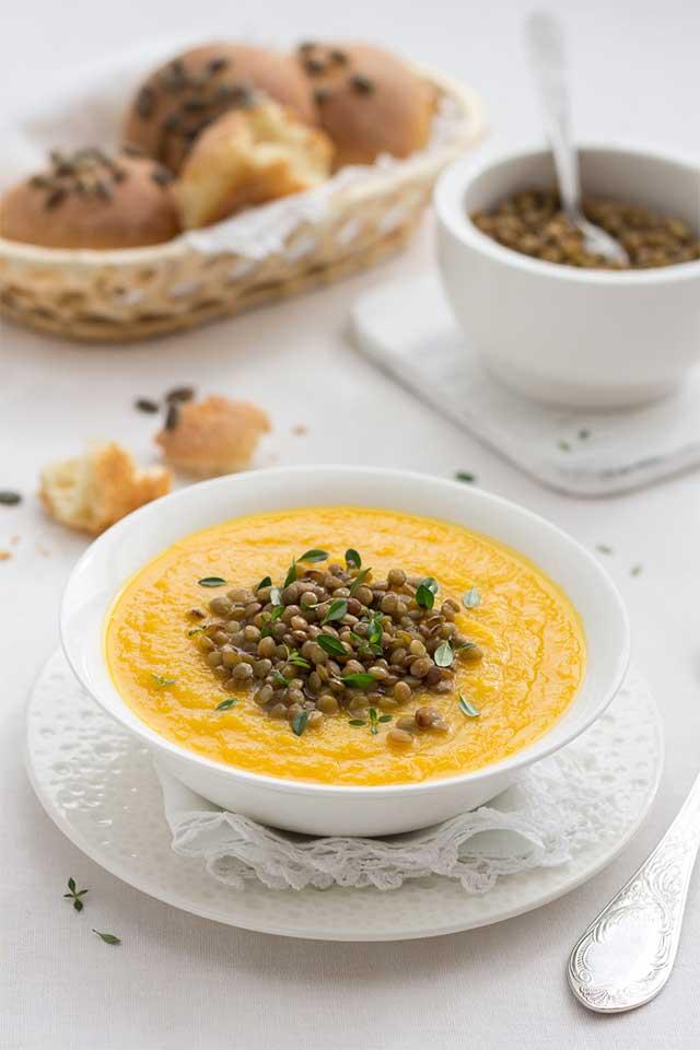 Pompoensoep met linzen, een gezonde maaltijdsoep