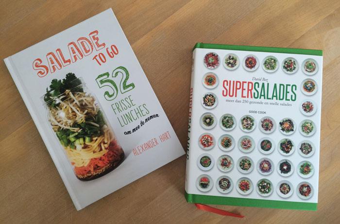 Salades, het ultieme zomergerecht. Veel inspiratie in deze boeken.