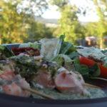 Zalmspiezen met salsa verde, heerlijk visrecept