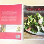 Boek vol recepten met salades uit de hele wereld