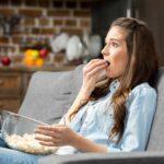 Favoriete televisieseries en social media kunnen eetbuien stimuleren
