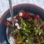 makkelijke tomatensalade met hüttenkäse