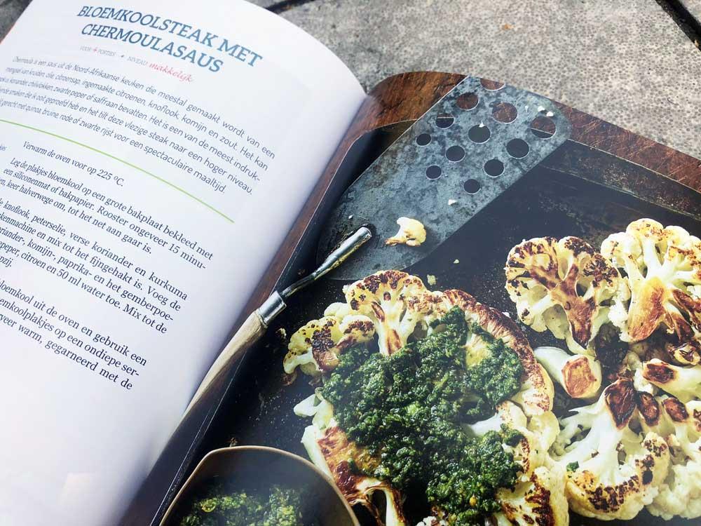 Vegan kookboek met plantaardige recepten voorkom en for Vegan kookboek