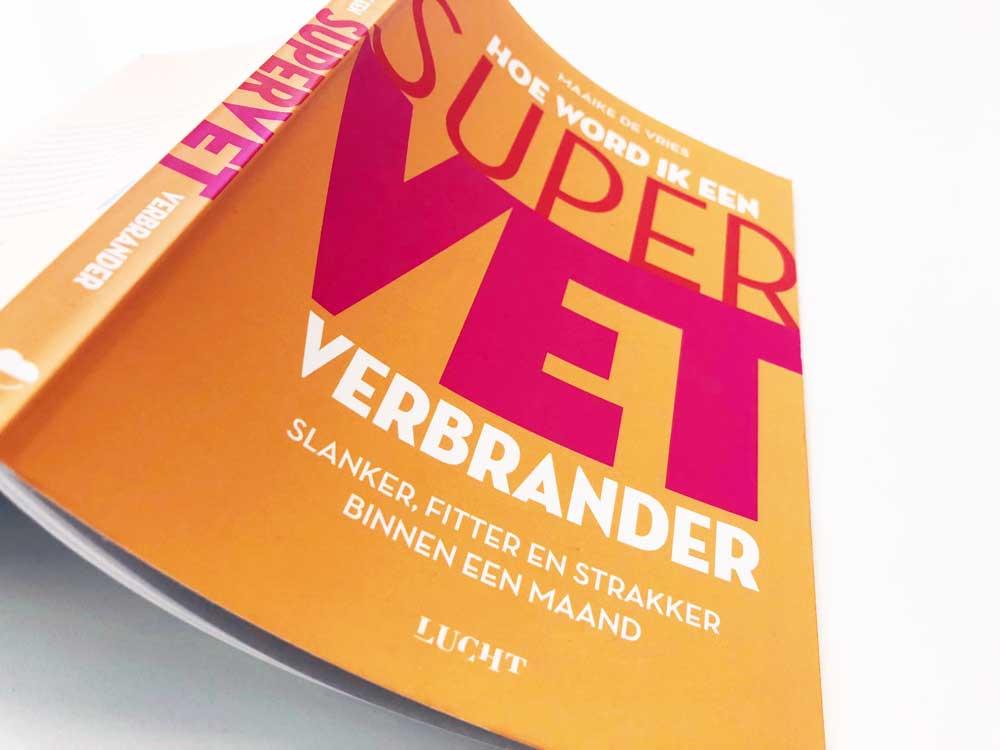 Hoe word je een Supervetverbrander? In dit boek leer je alles over vet verbranden en afvallen.