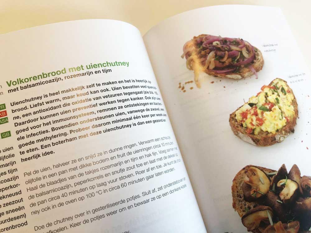 Natuurlijke recepten in het nieuwste kookboek van Anne Marie Reuzenaar