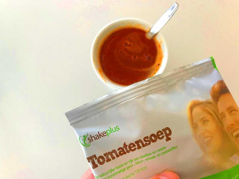 Kant-en-klare gezonde tomatensoep, helpt bij het afvallen!