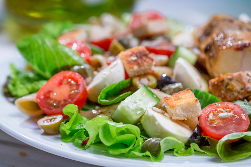 Salade met groente - koolhydraten minderen