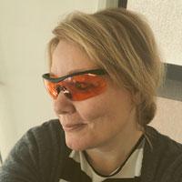 Oranje bril tegen slaapproblemen?