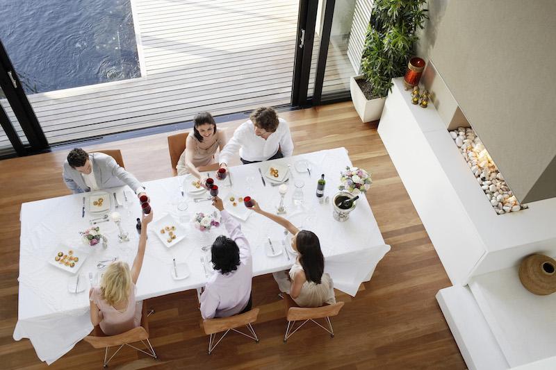wie bepaalt jouw eten? Jij zelf of je omgeving? 5 plaatsen waar je niet helemaal eet wat en hoeveel jij zelf wilt