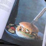 Kookboek met gezonde hamburgers en andere quilty pleasures