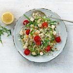 Koolhydraatarme Italiaanse bloemkoolrijst-salade