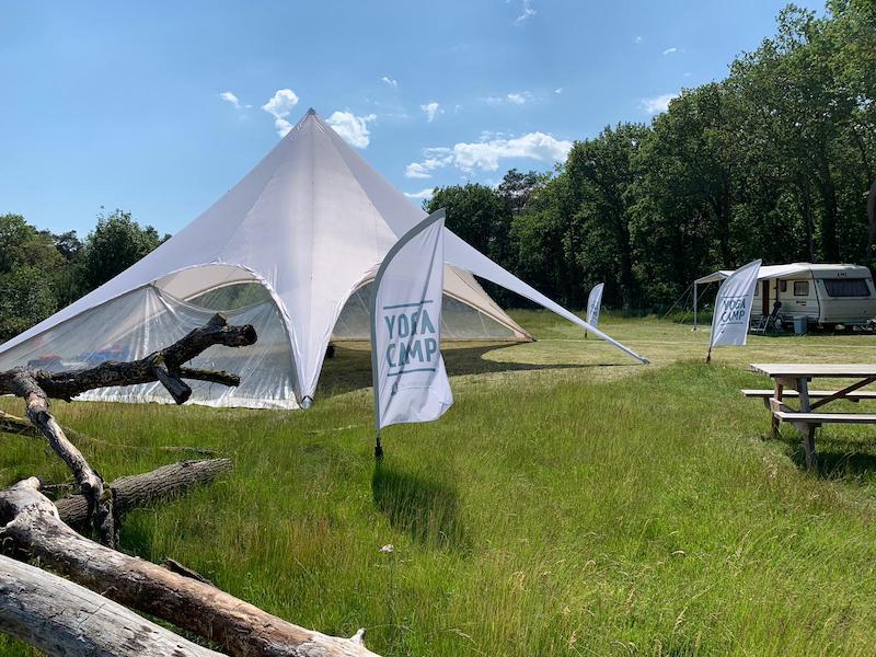 heerlijk ontspannen op de camping tijdens een yogaweekend