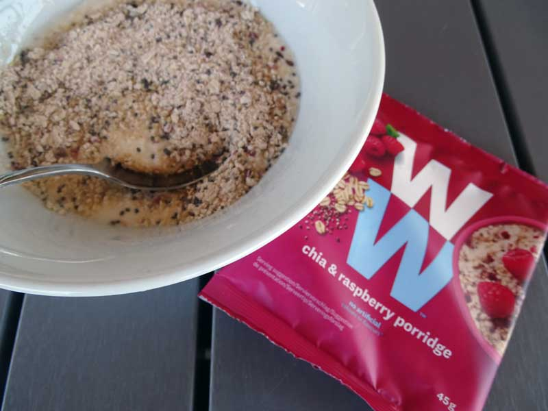 Yoghurt met ontbijtgranen en chiazaad van WW, het nieuwe Weight Watchers