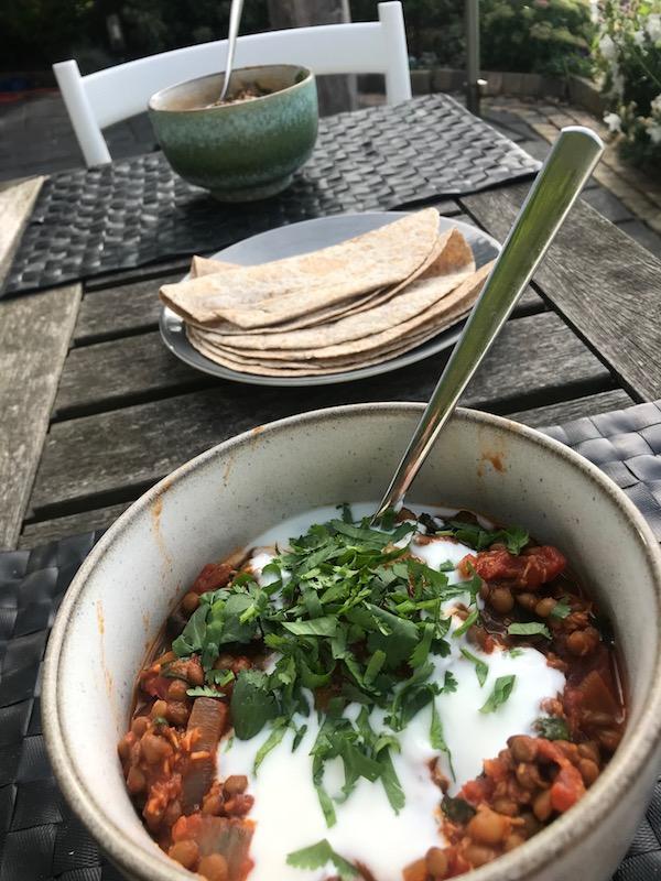 makkelijke curry met linzen en wraps (15 minuten)