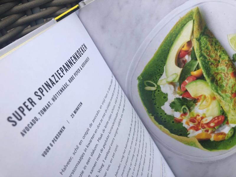 Spinaziepannenkoeken, recept uit het vegetarisch kookboek van Jamie Oliver