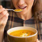 Goed voor jezelf zorgen in de herfst en een recept voor pompoensoep