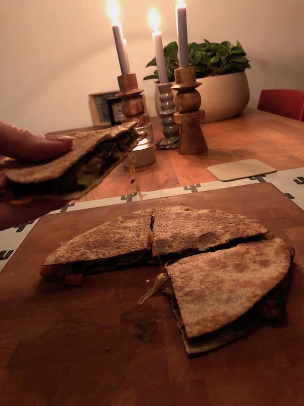 Eenvoudig recept met tortillas - quesadilas