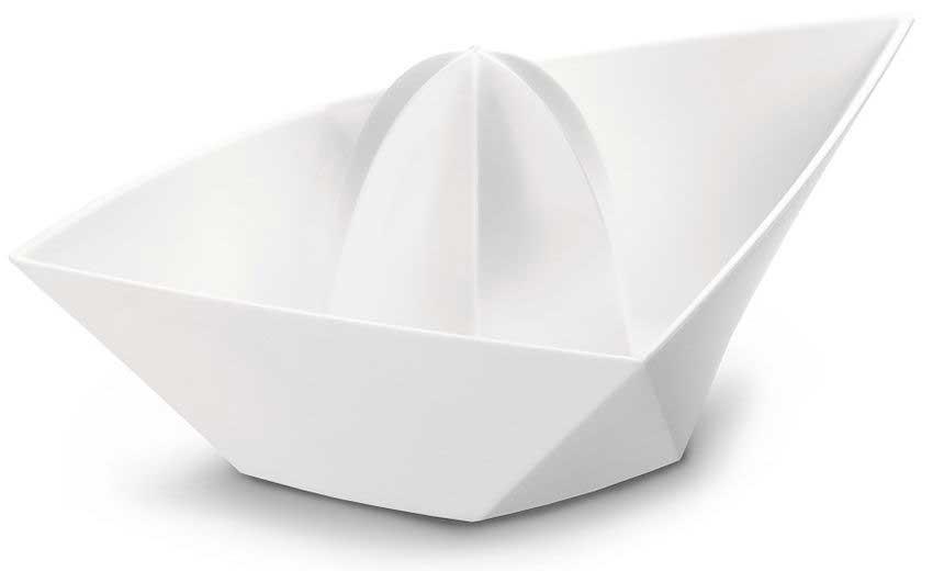 Citruspers in de vorm van een gevouwen bootje