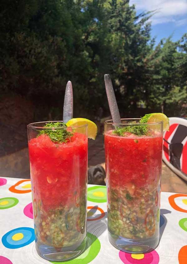 Hoe maak je een watermeloen gazpacho?