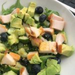 Eenvoudige salade met avocado