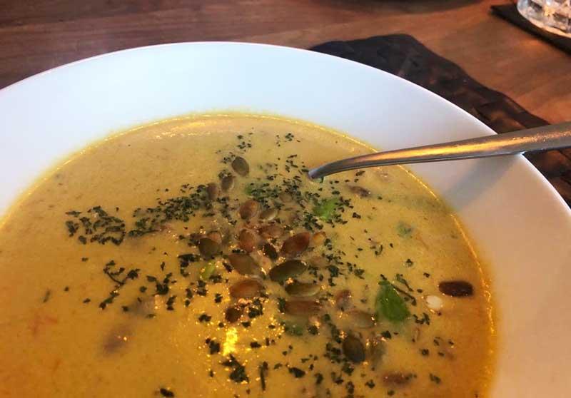 Recept soep met blauwe kaas en bleekselderij