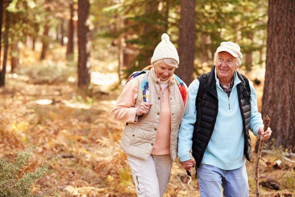 Waarom is wandelen goed voor je? Juist ook als je ouder wat bent?