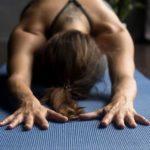 Online yogaprogramma Isa Hoes en Medina | Voor meer balans in je leven!