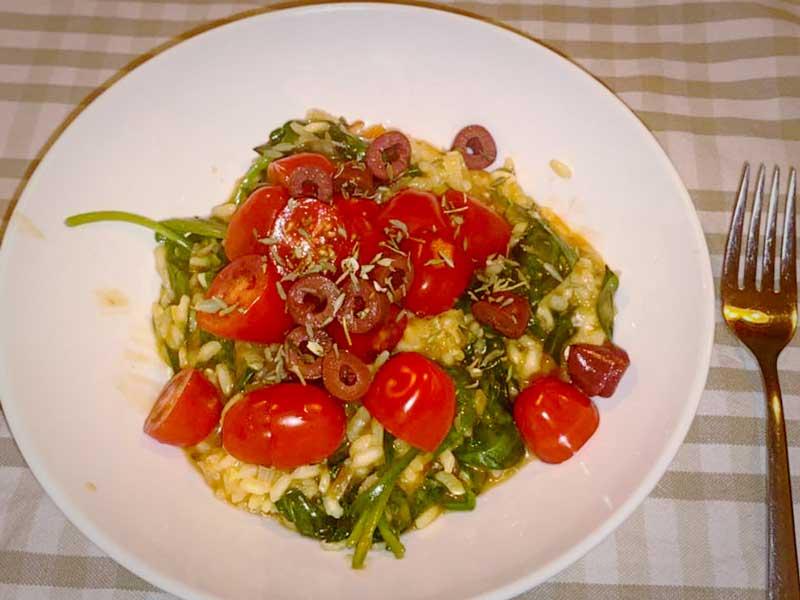 Recept risotto met tomaten, spinazie en gorgonzola