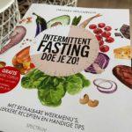 Boek intermittent fasting 16:8 van Hannah Vreugdenhil