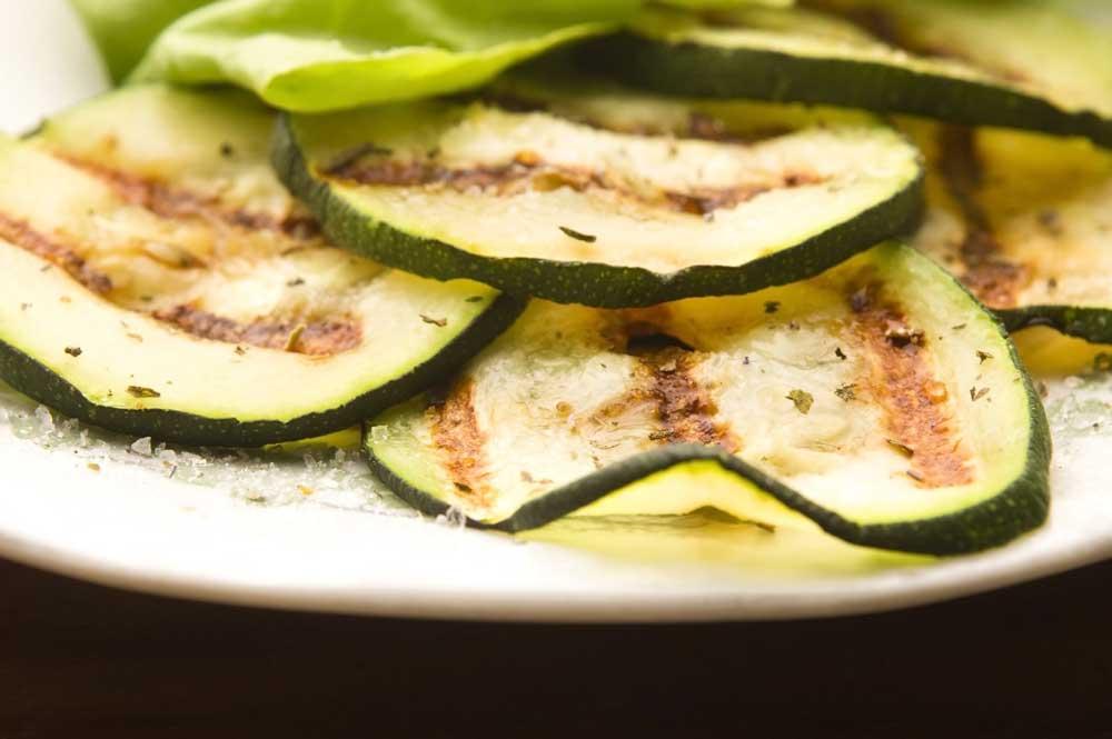 9 Belangrijke gezondheidsvoordelen van courgettes